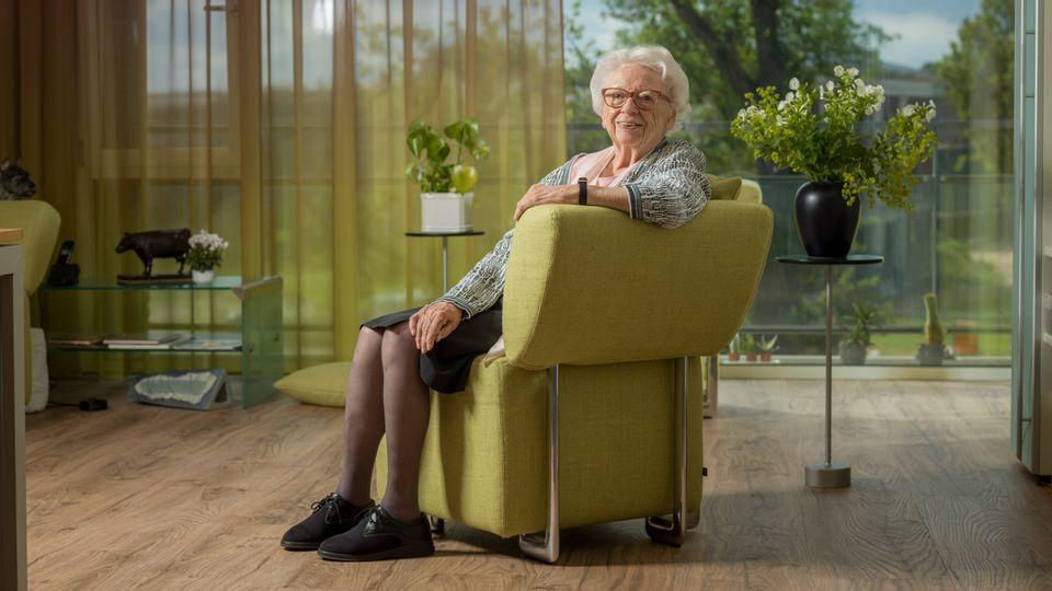 Mevrouw Seinen is 96 jaar en woont in Villa Duinstaete in Bloemendaal