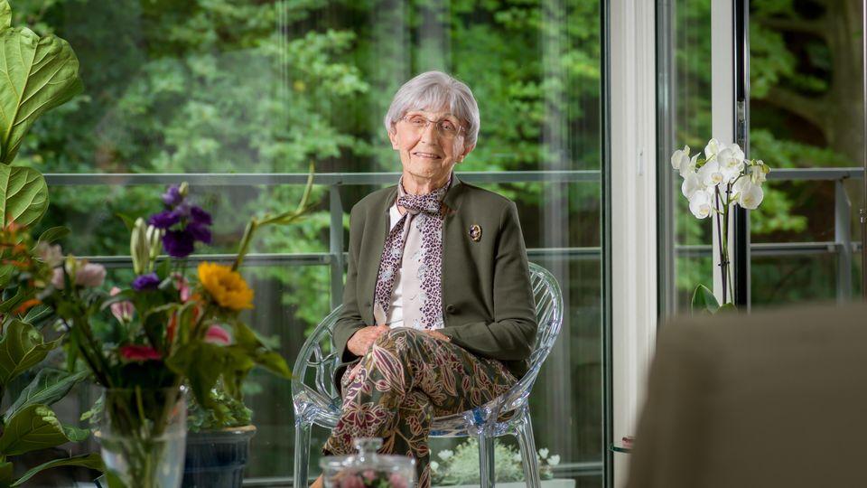 Mevrouw van de Breevaart-Vlot  is 97 en woont in Villa Duinstaete in Bloemendaal