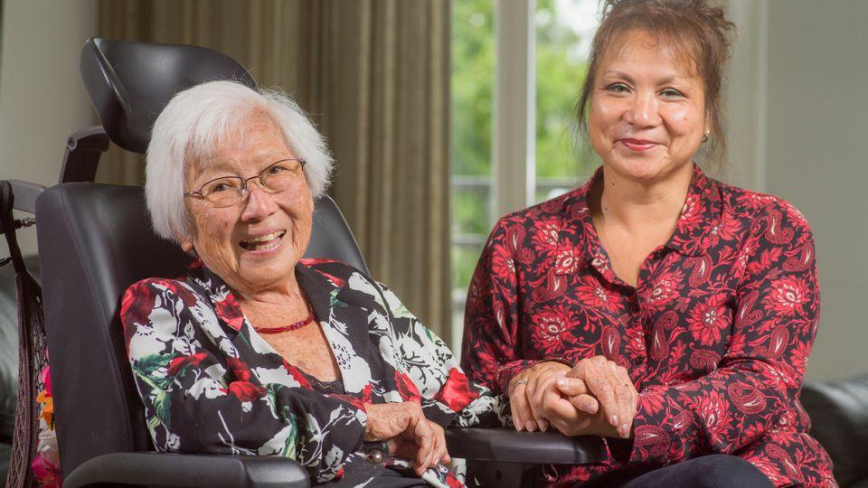 Mevrouw Ong en dochter Lindy